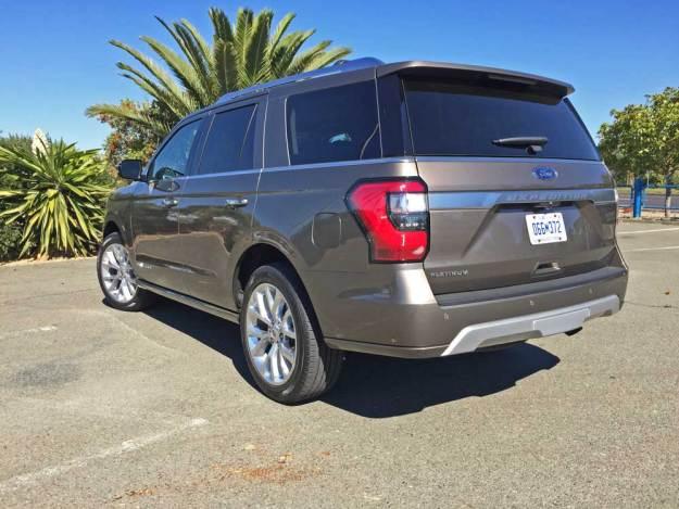 Ford-Expedition-Platinum-LSR