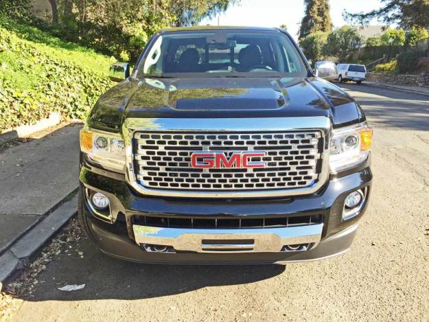 GMC-Canyon-Denali-Nose