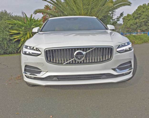 Volvo-S90-T6-Ins-Nose
