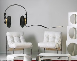 http://www.wallsweethome.fr/fr/stickers-muraux/stickers-vintage/stickers-deco-casque-vinyle-et-cassette-80/