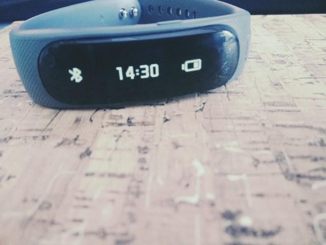 talkband b1