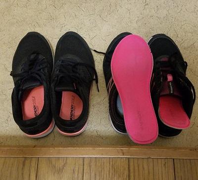 中学生通学宇靴ニューバランス黒