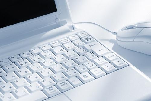 PCタスクバーとスタートボタンがクリックできない!どうする?対処法は?