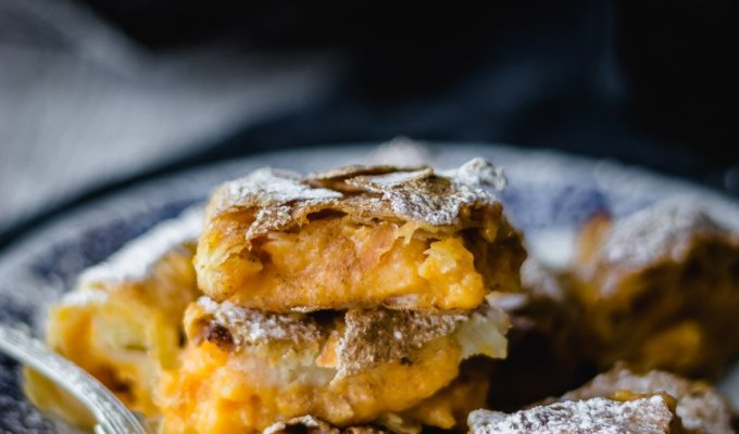 Sweet pumpkin pie with homemade phyllo