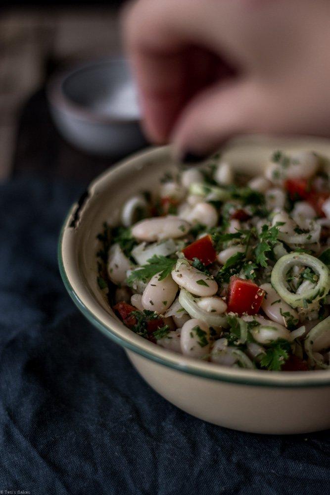 σαλάτα με φασόλια