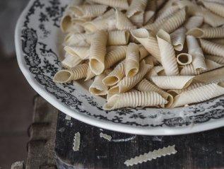 Φρέσκα σπιτικά ζυμαρικά τύπου garganelli