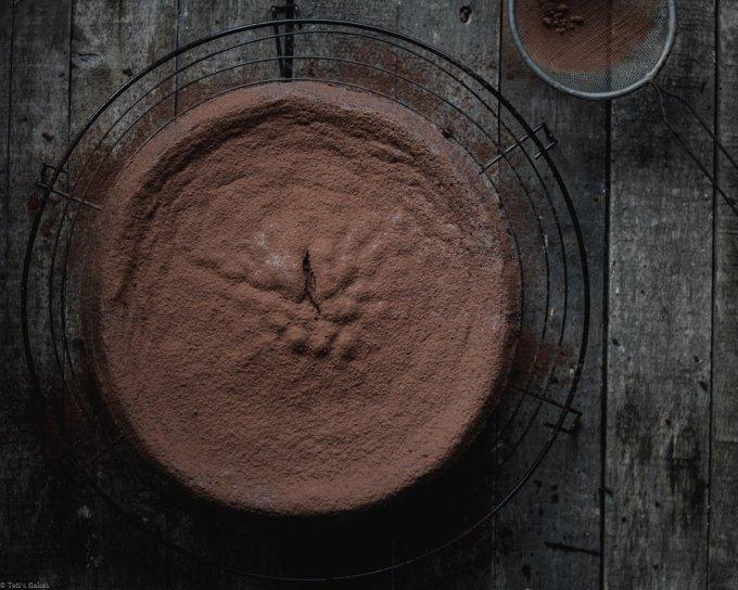 flourless cacao cake