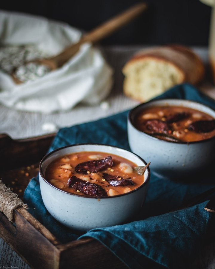 Greek bean soup with sausages