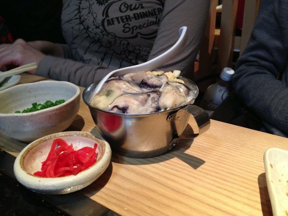横浜 綱島の牡蠣小屋○座(まるざ)で牡蠣を堪能!何と飲み物持ち込み自由!
