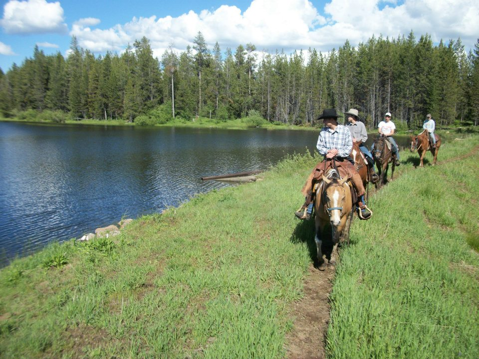 On one day of your wagon train o on a trail ride around beautiful Bergman Reservoir