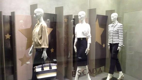 ESCADA BARCELONA WINDOW DESIGN (2)