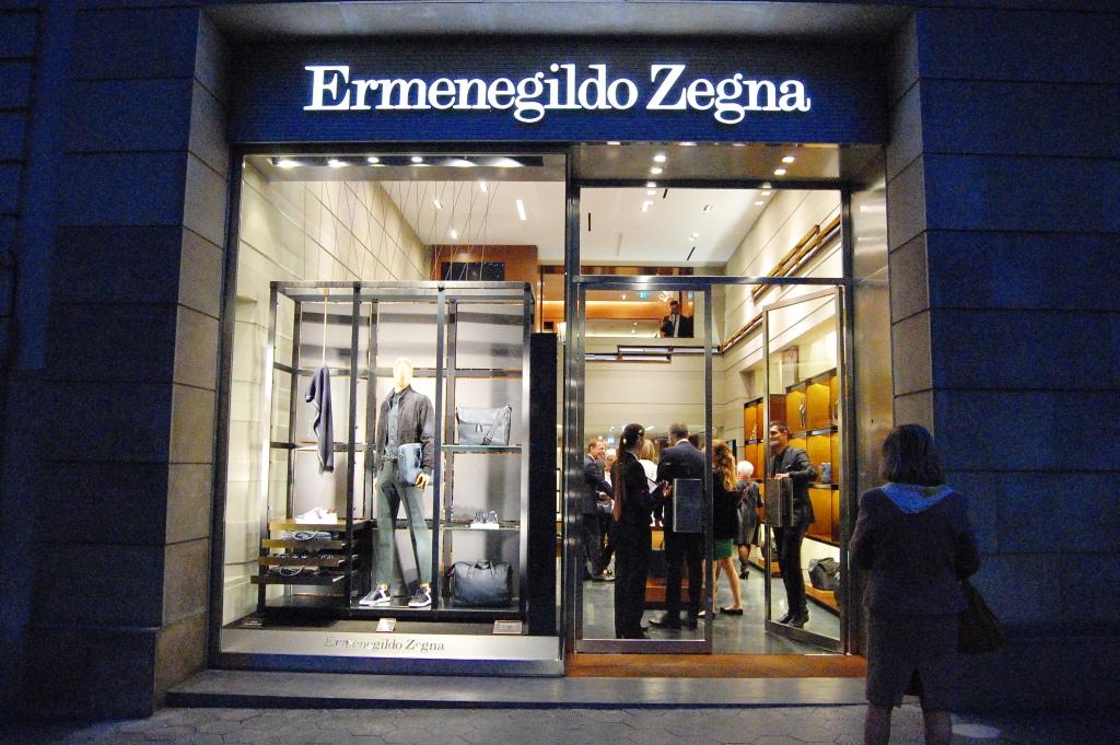 ERMENEGILDO ZEGNA ESCAPARATE PASEO DE GRACIA BARCELONA (5)