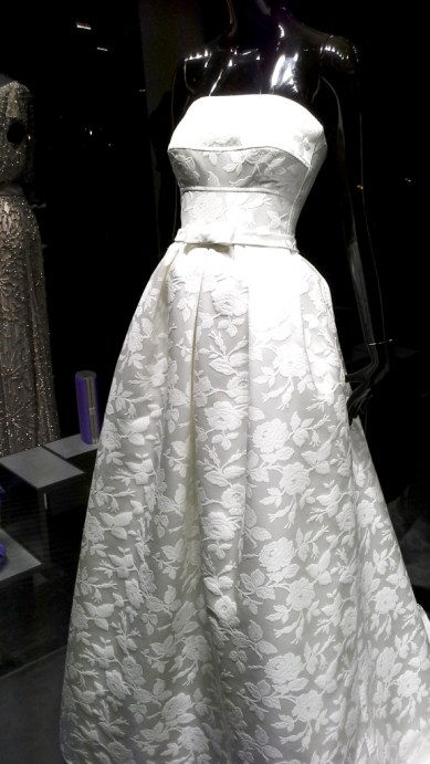 ROSA CLARA BARCELONA ESCAPARATE MAYO 2015 BRIDAL (5)