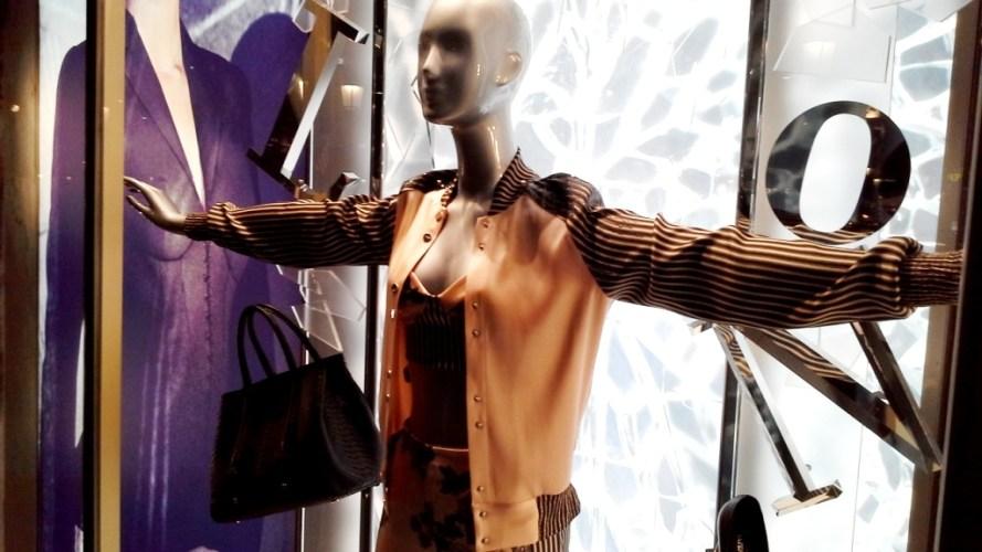 #laperla #escaparatebarcelona #escaparatismobarcelona #paseodegracia #shopping #luxe #moda #trend #tendencia #fashionista #blog #escaparatelover (2)