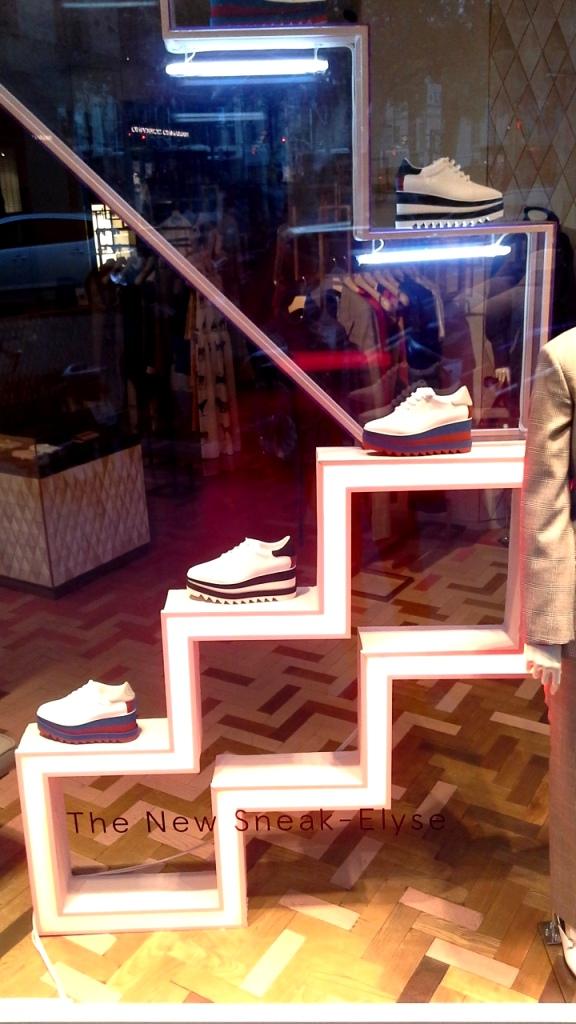 #stellamccartney #escaparate #shopping #fashionbarcelona #modabarcelona #trendy #escaparatelover #influencer (8)
