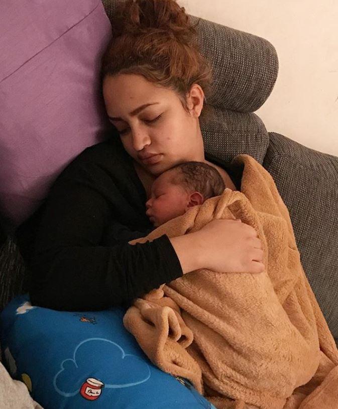 Brand new mom Hanan Tarik enjoying motherhood