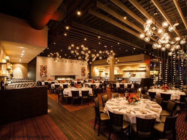 A look inside the dramatic, retro-inspired dining room at new steakhouse Vallone's Photo by Julie Soefer/Courtesy of Vallone's