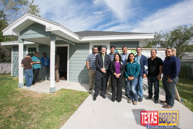 Back Row….L to R: CBNT Student-Ignacio Grimaldo, CNBT Student-Aaron Beltran, DBT Program Chair-Rey Sanchez, ELPT Faculty-Ricardo Olivarez, ELPT Assistant Chair-Felix Sandoval, and ELPT Faculty-Daniel Sanchez Front Row….L to R: Executive Director for Habitat for the RGV-Wayne Lowry, CNBT Instructor-Irma Rosales, CNBT Student-Jocelyn Martinez.