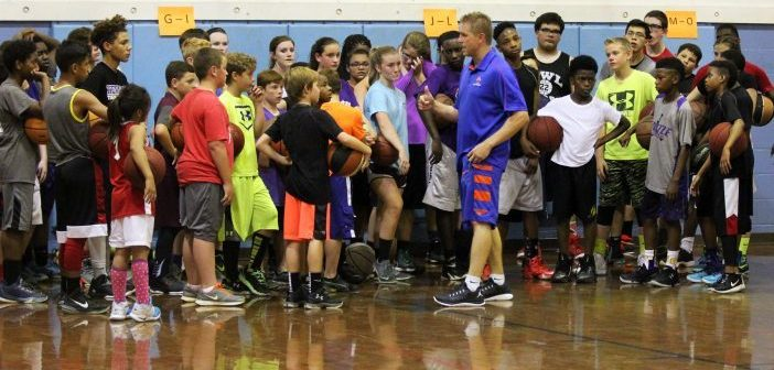 AC Basketball Coach Manary Hosting Youth Camp in June