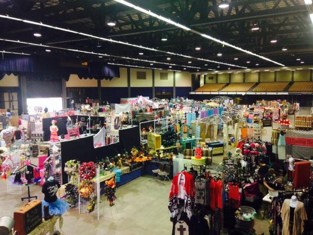 Ruffles And Rust Expo TLM