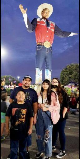 The Guerra/Guerrero family  Regulars of the State Fair