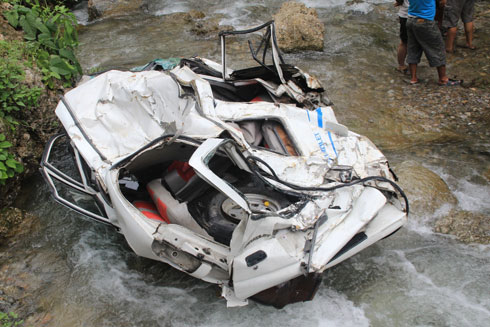 The remains of the mangled jeep. Photos: Tek Narayan Bhattarai