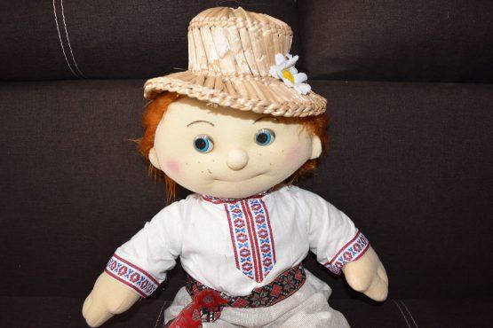 Игрушка кукла украинец
