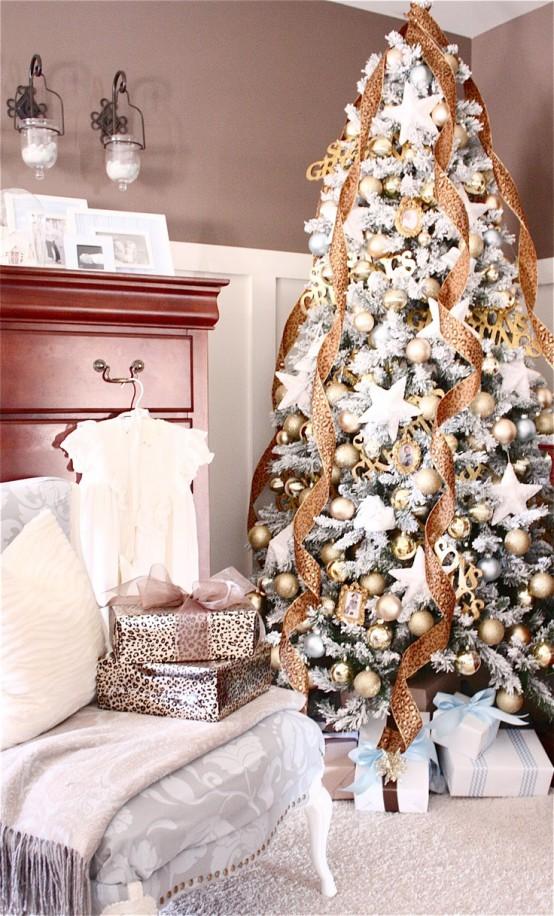 χρυσάφι Και Λευκές Χριστουγεννιάτικες Ιδέες27