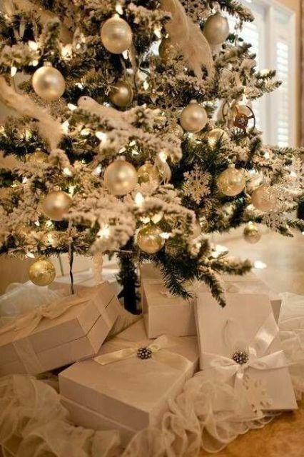 χρυσάφι Και Λευκές Χριστουγεννιάτικες Ιδέες4