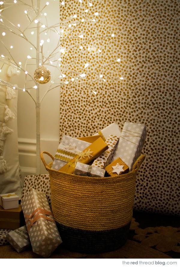 Χριστουγεννιάτικη διακόσμηση σε παστέλ, χρυσό, λευκό και ξύλο2