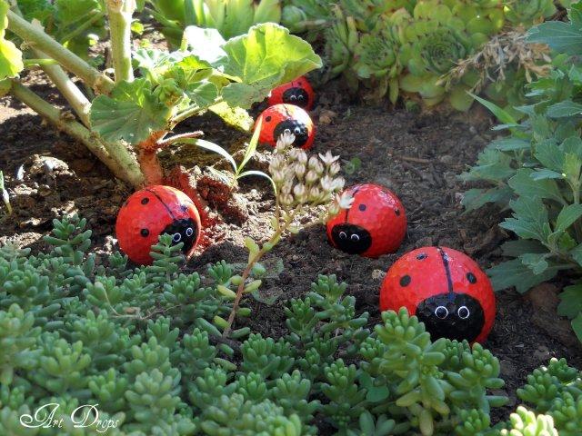 πασχαλίτσες για τον κήπο σας από μπαλάκια του γκόλφ10