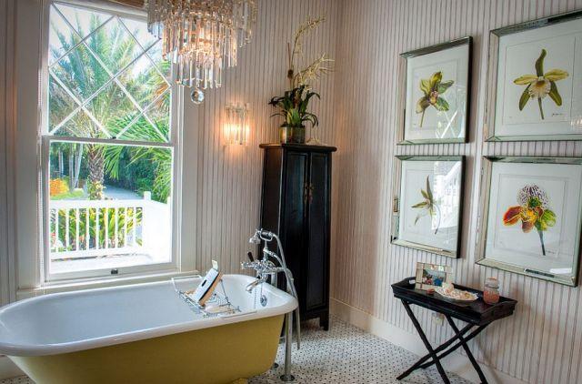Μπάνια με τη ζεστή δελεαστική ομορφιά του Κίτρινου14
