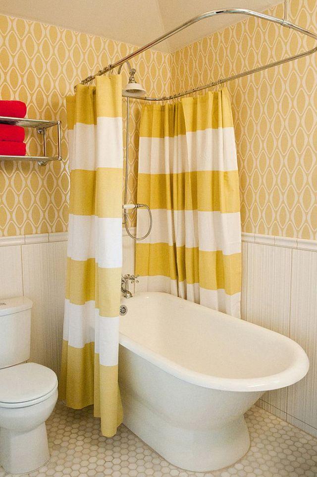 Μπάνια με τη ζεστή δελεαστική ομορφιά του Κίτρινου5