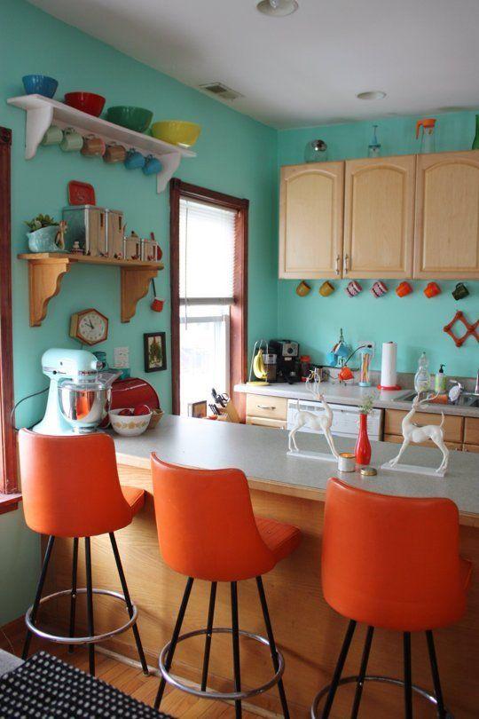 Χρωμάτα που κάνουν το Πορτοκαλί να δείχνει τέλειο θαλασσιά και τυρκουάζ