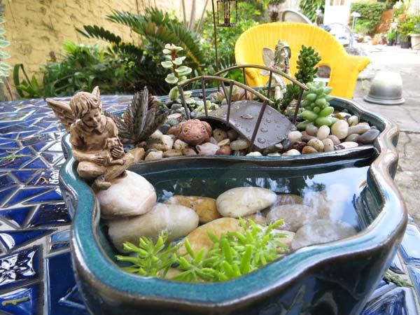 DIY μίνι λιμνούλες σε γλάστρα17
