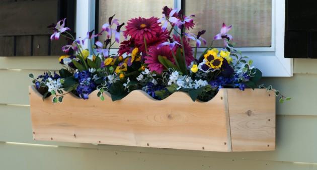 Ιδέες με ζαρτινιέρες λουλουδιών για τα παράθυρα σας12