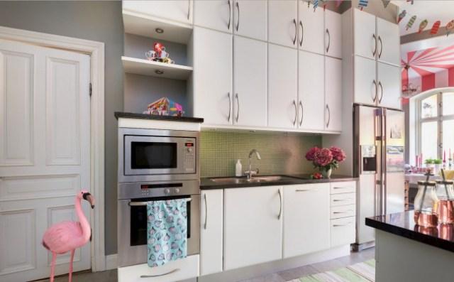 Έντονα χρώματα σε ένα καταπληκτικό σκανδιναβικό διαμέρισμα9