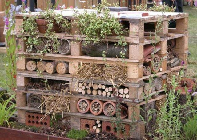 Ιδέες με ξύλινες παλέτες78