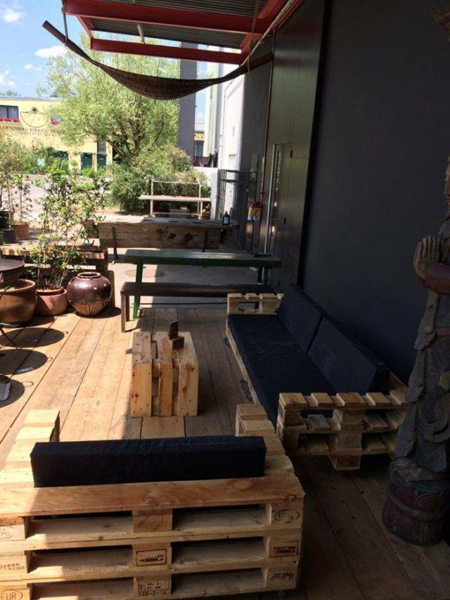 Ιδέες με ξύλινες παλέτες86