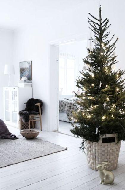 Μινιμαλιστικές ιδέες Χριστουγεννιάτικου δέντρου22