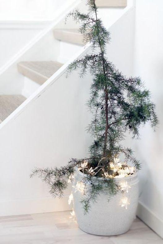 Μινιμαλιστικές ιδέες Χριστουγεννιάτικου δέντρου7