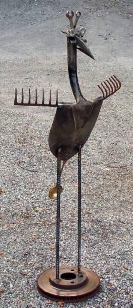 παλιά εργαλεία σε διακοσμητικά κήπου12