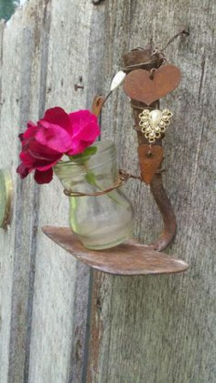 παλιά εργαλεία σε διακοσμητικά κήπου15