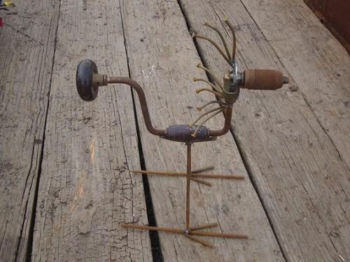 παλιά εργαλεία σε διακοσμητικά κήπου6