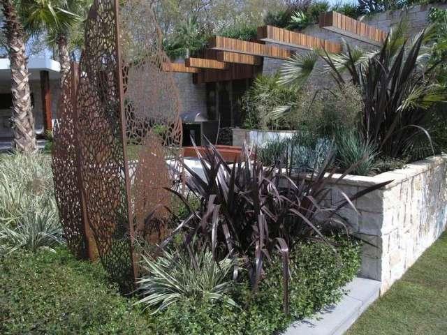 Μοντέρνα γλυπτική κήπου9