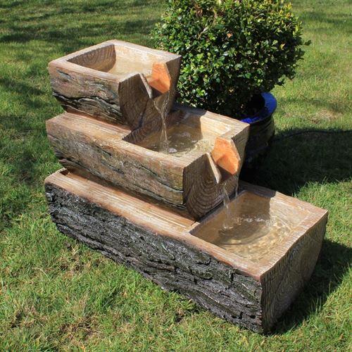 ξύλινα σιντριβάνια κήπου9