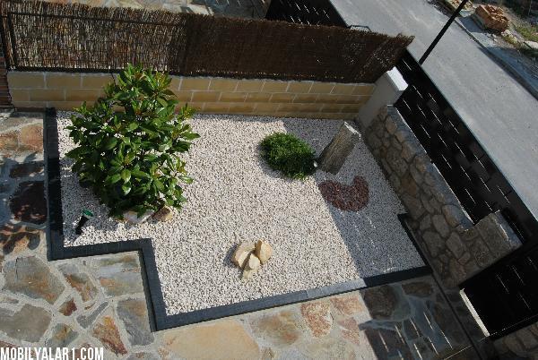 πέτρινα ντεκόρ για τον κήπο σας7
