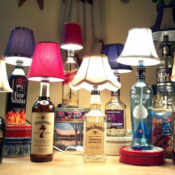 παλιά γυάλινα μπουκάλια σε απίθανα φωτιστικά3