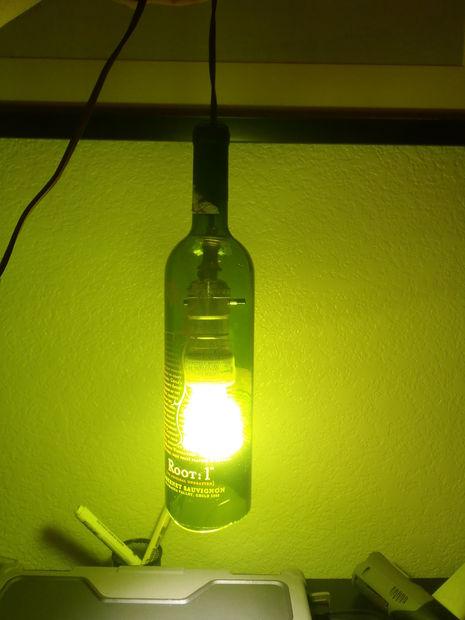 παλιά γυάλινα μπουκάλια σε απίθανα φωτιστικά9
