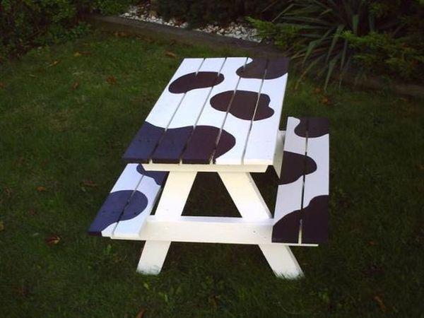 ζωγραφισμένα τραπέζια για τον κήπο14